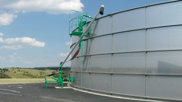 DairyFarming Maxi Pump 2 tcm11 21361
