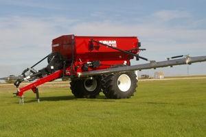 Valmar AirFlo 8600 Pull Type Fertilizer Spreader