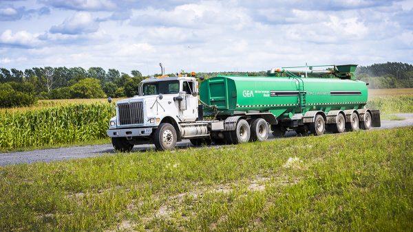 str series manure semi tanker 1 tcm11 42651