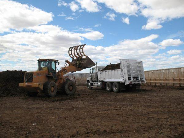 JBS Truck Mount Manure Spreader 7