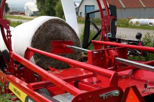 NWS LAST BALE PUSH OFF SYSTEM